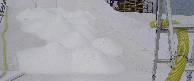 Schneeproduktion vor Ort mit SnowBOX Schneemaschinen